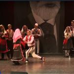 Shqiptarët në Nju Jork ruajnë traditat nga vendi i origjinës përmes këngës e folklorit