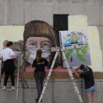 """""""Mural Festi"""" në Ferizaj lë shenjë me art në kohë pandemie"""